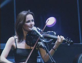 Sharon Corr [698x535] [49.9 kb]