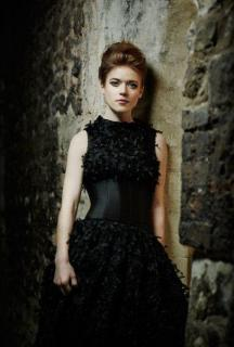 Rose Leslie [406x600] [35.92 kb]