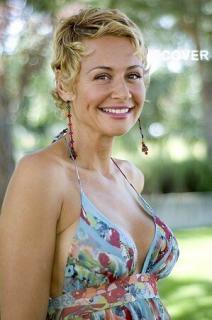 Esther Arroyo [299x450] [27.13 kb]