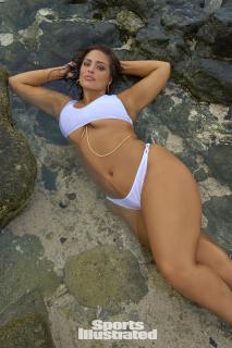 Ashley Graham en Si Swimsuit 2017 [1280x1920] [565.65 kb]