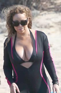 Mariah Carey [987x1484] [216.88 kb]