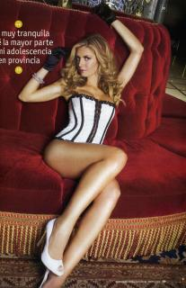 Isabel Madow in Maxim [2076x3204] [1465.08 kb]