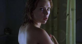 Scarlett Johansson en Una Cancion Del Pasado [1280x688] [65.77 kb]
