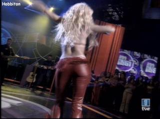Shakira [768x576] [49.8 kb]