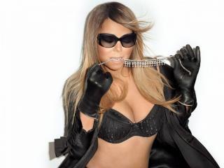 Mariah Carey [900x675] [103.42 kb]