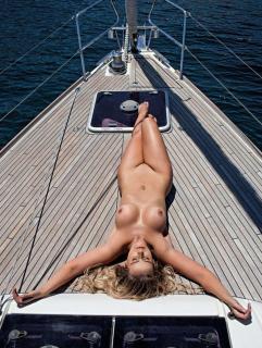 Lola Melnick en Playboy Desnuda [1020x1351] [456.26 kb]