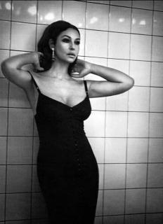 Monica Bellucci [468x644] [34.89 kb]