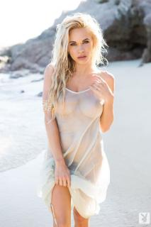 Dani Mathers en playboy desnuda [683x1024] [79.04 kb]
