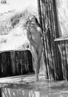 Sonja Kirchberger en Playboy Desnuda [1200x1690] [511 kb]