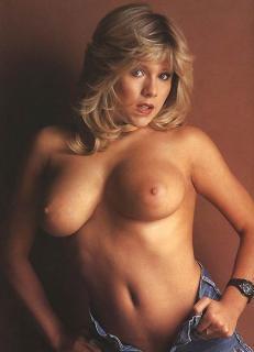 Samantha Fox en Playboy Desnuda [520x720] [42.59 kb]