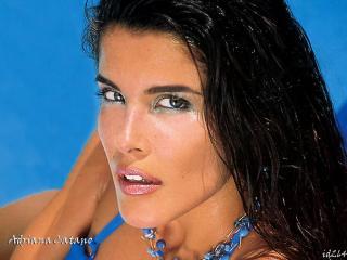 Adriana Cataño [1024x768] [106.18 kb]