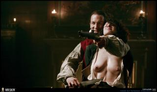 Caitriona Balfe en Outlander Desnuda [1940x1140] [381.85 kb]