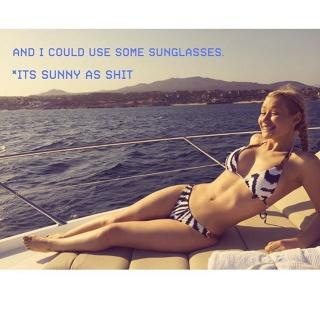 Iggy Azalea en Bikini [640x640] [79.09 kb]