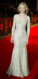 Cate Blanchett [498x1024] [76.72 kb]