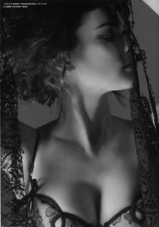 Winona Ryder [1476x2103] [299.81 kb]