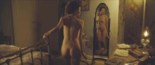 Emily Browning Desnuda [1280x536] [38.48 kb]