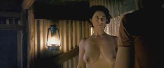 Belinda Stewart-Wilson en All That Way For Love Desnuda [1280x538] [52.27 kb]