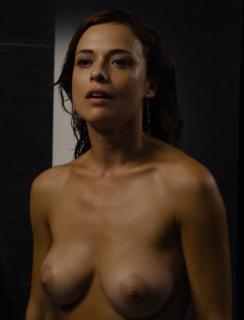 Valeria Bilello en Sense8 Desnuda [810x1058] [91.52 kb]