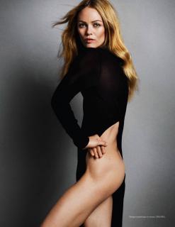 Vanessa Paradis en Vogue [1298x1681] [207.2 kb]