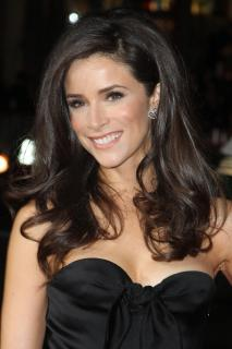 Abigail Spencer [2400x3600] [748.17 kb]