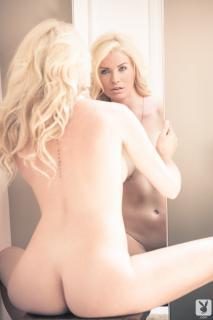 Carly Lauren en Playboy Desnuda [1280x1920] [176.44 kb]