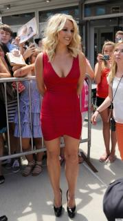 Britney Spears [570x1015] [144.44 kb]