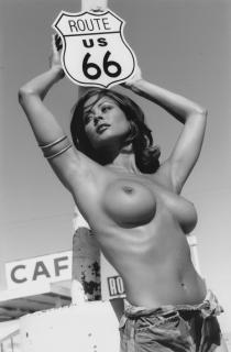 Brooke Burke Nude [790x1200] [135.49 kb]