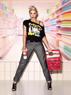 Gwen Stefani [256x338] [17.52 kb]