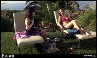 Madison Riley en Bikini [1300x780] [260.73 kb]