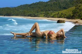Hailey Clauson en Si Swimsuit 2017 [1920x1280] [456.58 kb]
