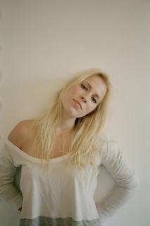 Natasha Bedingfield [1800x2694] [595.73 kb]