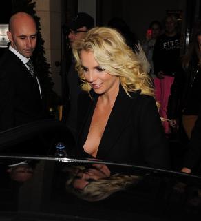 Britney Spears [1777x1941] [332.61 kb]