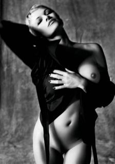 Pamela Anderson [1200x1712] [144.87 kb]