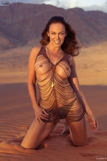Sonja Kirchberger en Playboy Desnuda [1365x2048] [379.75 kb]