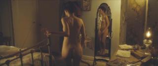Emily Browning Desnuda [1280x536] [38.82 kb]