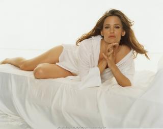 Jennifer Garner [2400x1898] [397.25 kb]