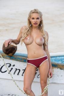 Dani Mathers en playboy desnuda [683x1024] [108.96 kb]