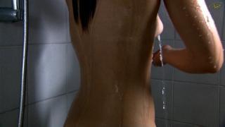 María Cotiello en Hay Alguien Ahi Desnuda [1024x576] [74.66 kb]