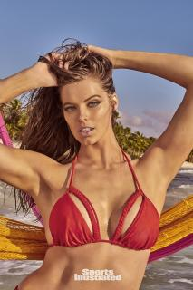 Robyn Lawley en Si Swimsuit 2017 [1281x1920] [446.39 kb]