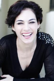 Rocío Muñoz [979x1469] [117.42 kb]