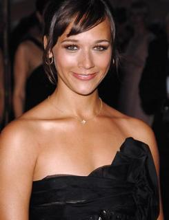Rashida Jones [376x490] [21.53 kb]