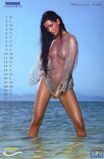 Alessia Merz in Calendario 2005 Nude [850x1285] [129.67 kb]