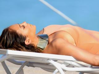 Jennifer Lopez [1200x900] [86.5 kb]