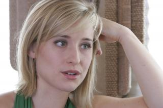 Allison Mack [3000x2000] [479.69 kb]