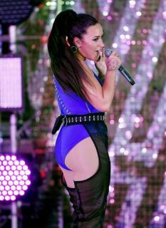 Demi Lovato [747x1024] [177.03 kb]