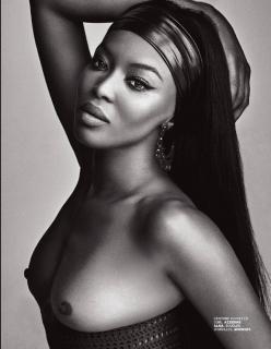 Naomi Campbell en Lui Magazine Desnuda [1238x1592] [308.04 kb]