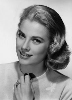 Grace Kelly [432x600] [30.87 kb]