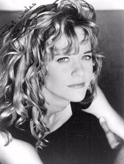 Meg Ryan [364x480] [40.6 kb]