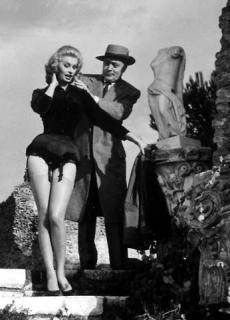 Sophia Loren [346x480] [27.58 kb]