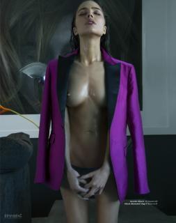 Olivia Culpo en Treats! Magazine Desnuda [791x1000] [106.23 kb]